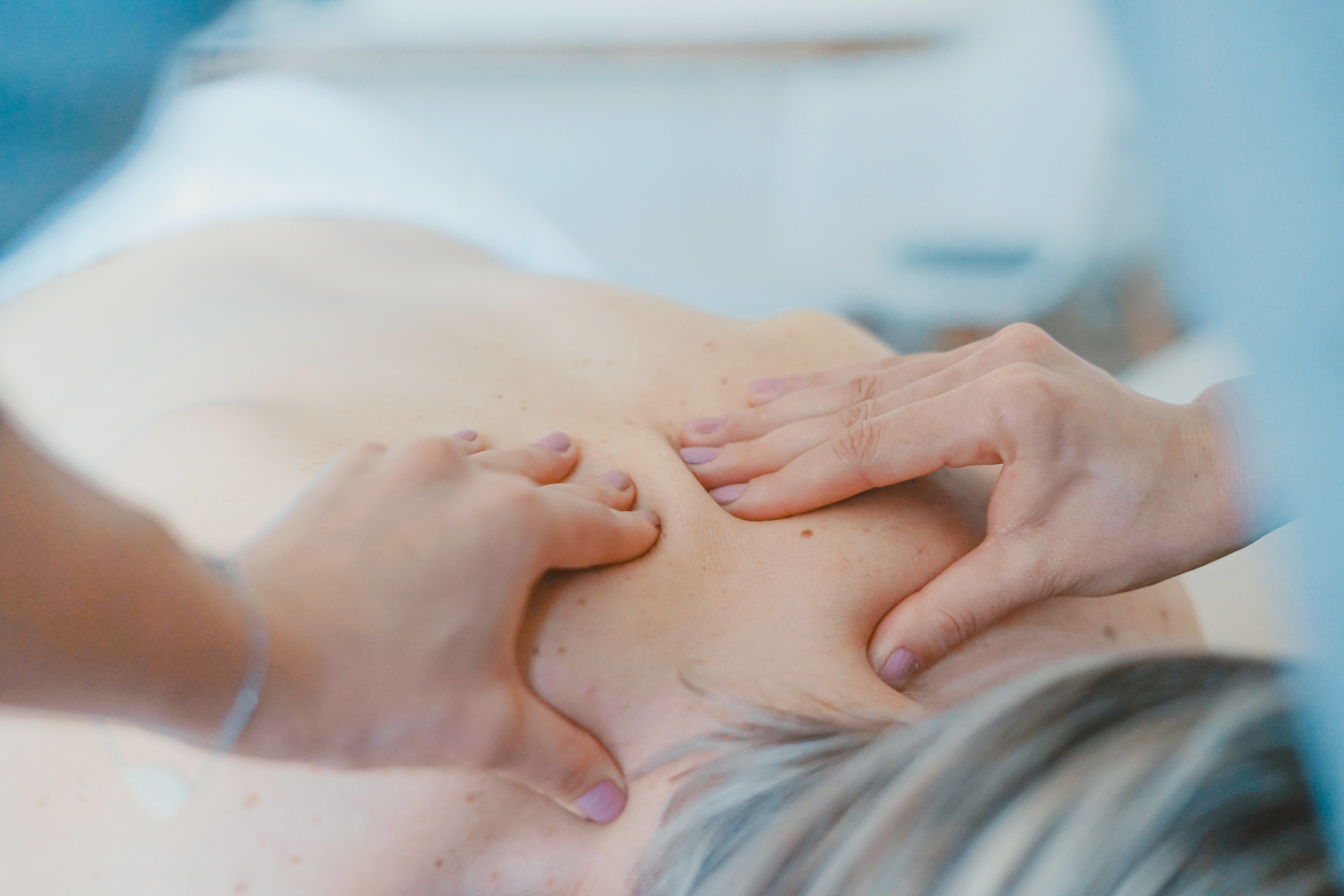 Masaż leczniczy – skuteczna metoda leczenia problemów zdrowotnych